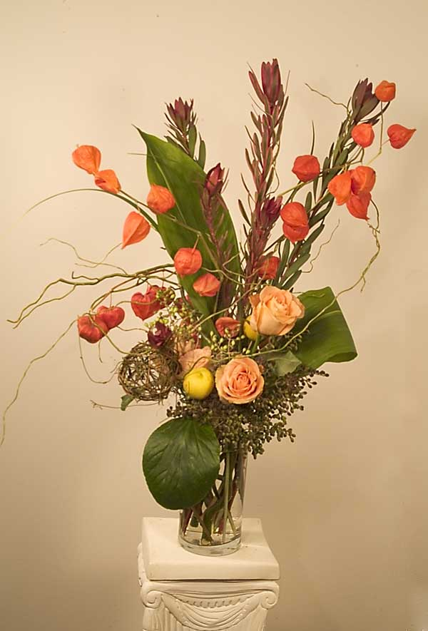 Chinese Lanterns Arrangements with Roses, designed by Yukiko