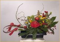 ikebana centerpiece for table for eight.