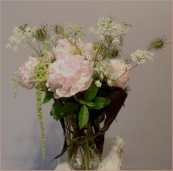 peony pink bouquet with amaranthus