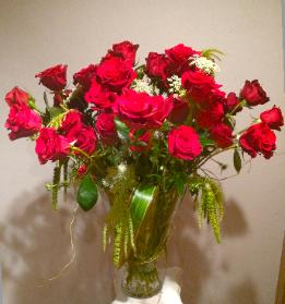 roses red green amaranthus bouquet
